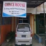 Grace hostel padang